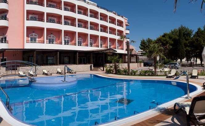 Hotel MIRAMARE - Omiš