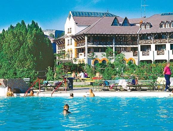 Hotel FLÓRA -