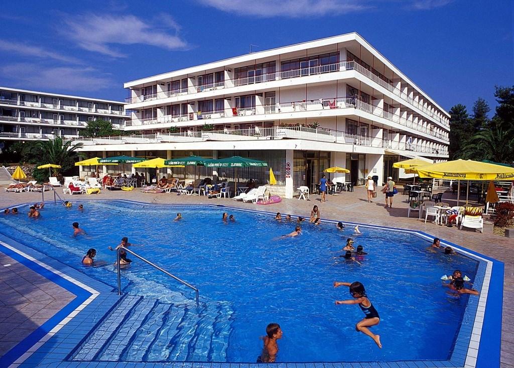 Hotel a depandance LAVANDA - Velký Meder