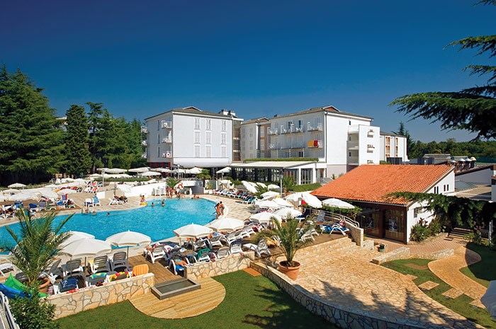 Hotel VALAMAR PINIA - Omiš