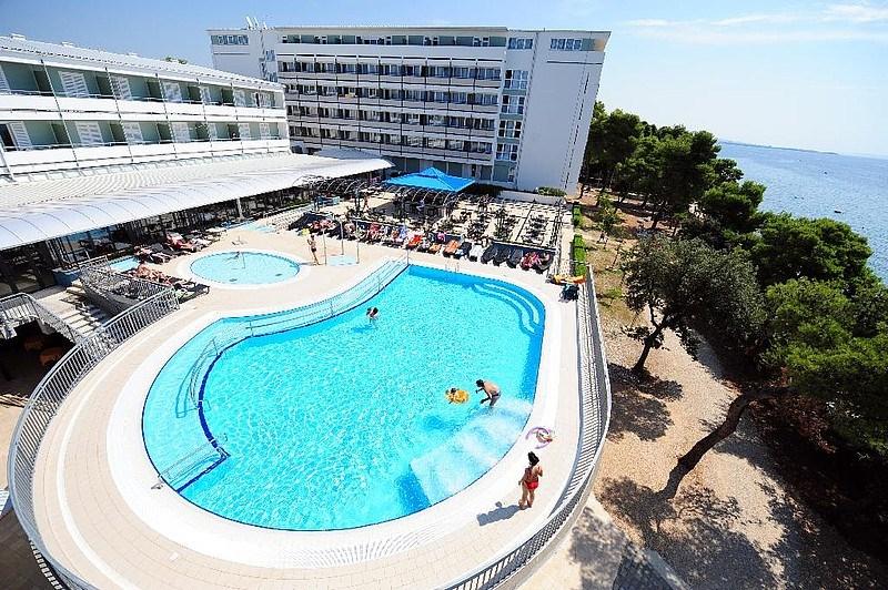 Hotel PINIJA - Novigrad