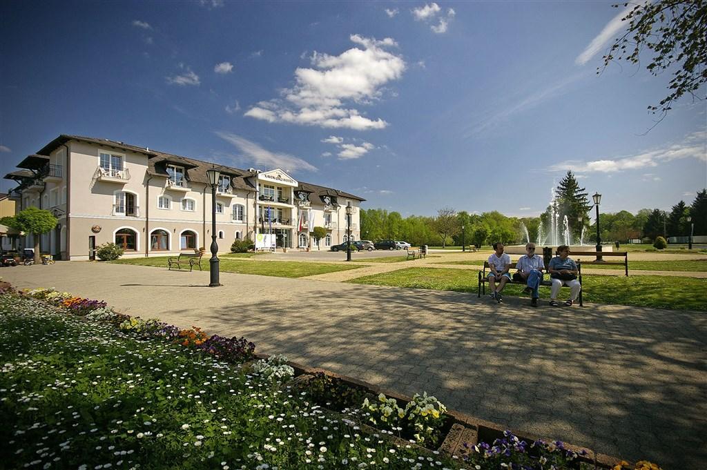Hotel XAVIN - Baška Voda