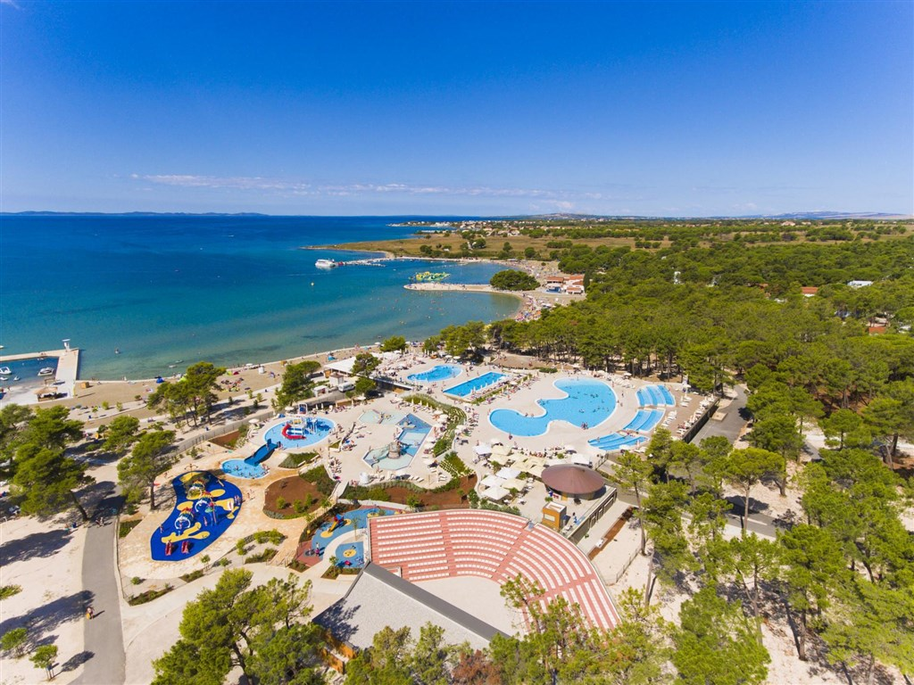 Apartmány ZATON HOLIDAY RESORT 3* - Novigrad