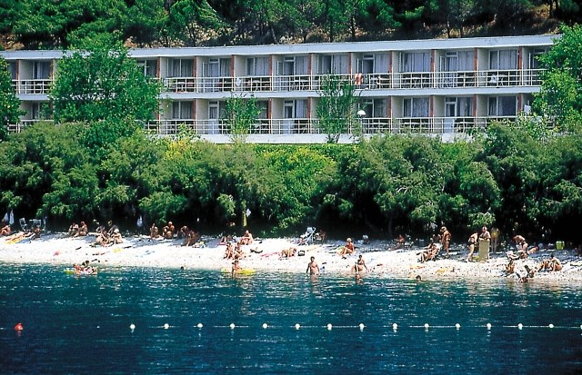 Hotel BRZET - Gradac
