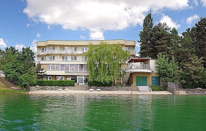 Hotel ZÁTOKA - Perna