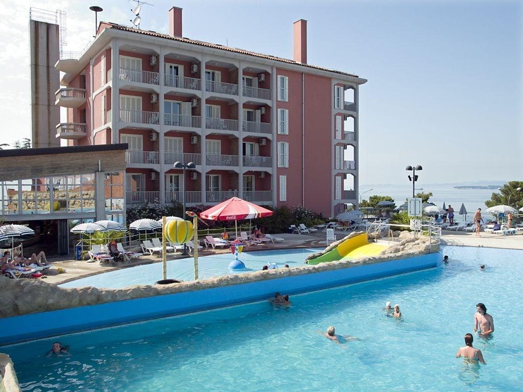 Hotel ŽUSTERNA - Koper
