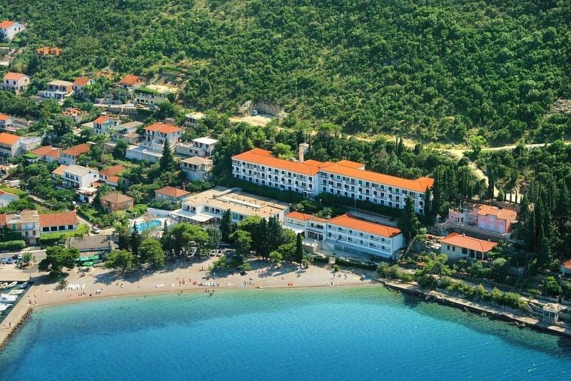 Hotel FARAON - Baška