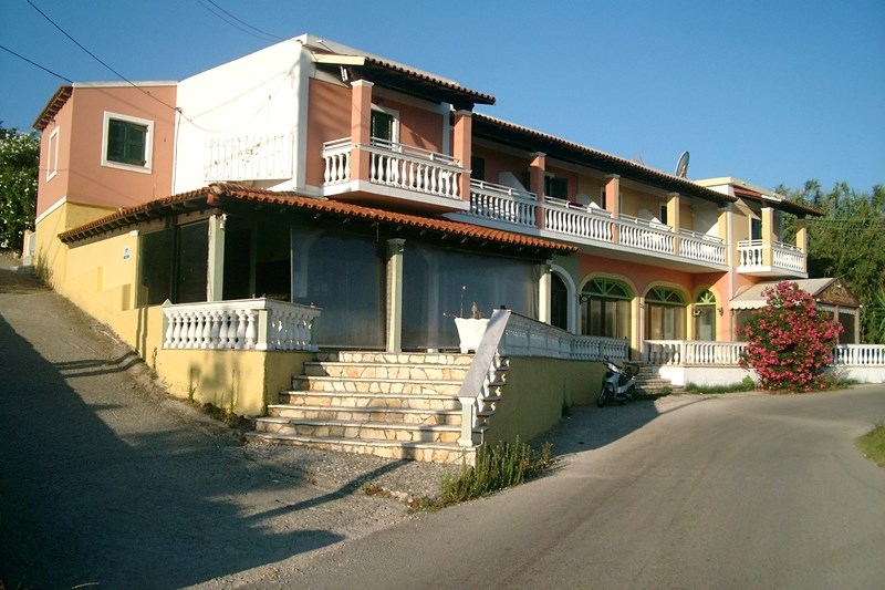 PARALIA II - Agios Stefanos