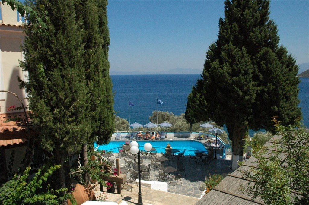 KERVELI VILLAGE - Agia Marina