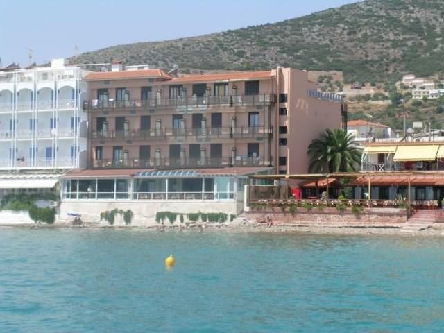FLISVOS - Paros - hlavní město