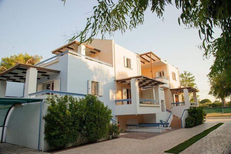 AITHRIO - Paphos