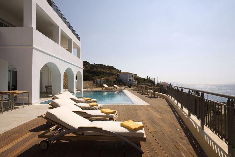 Kythea Resort - Komarna