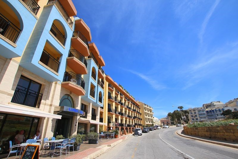 LUNA HOLIDAY COMPLEX -