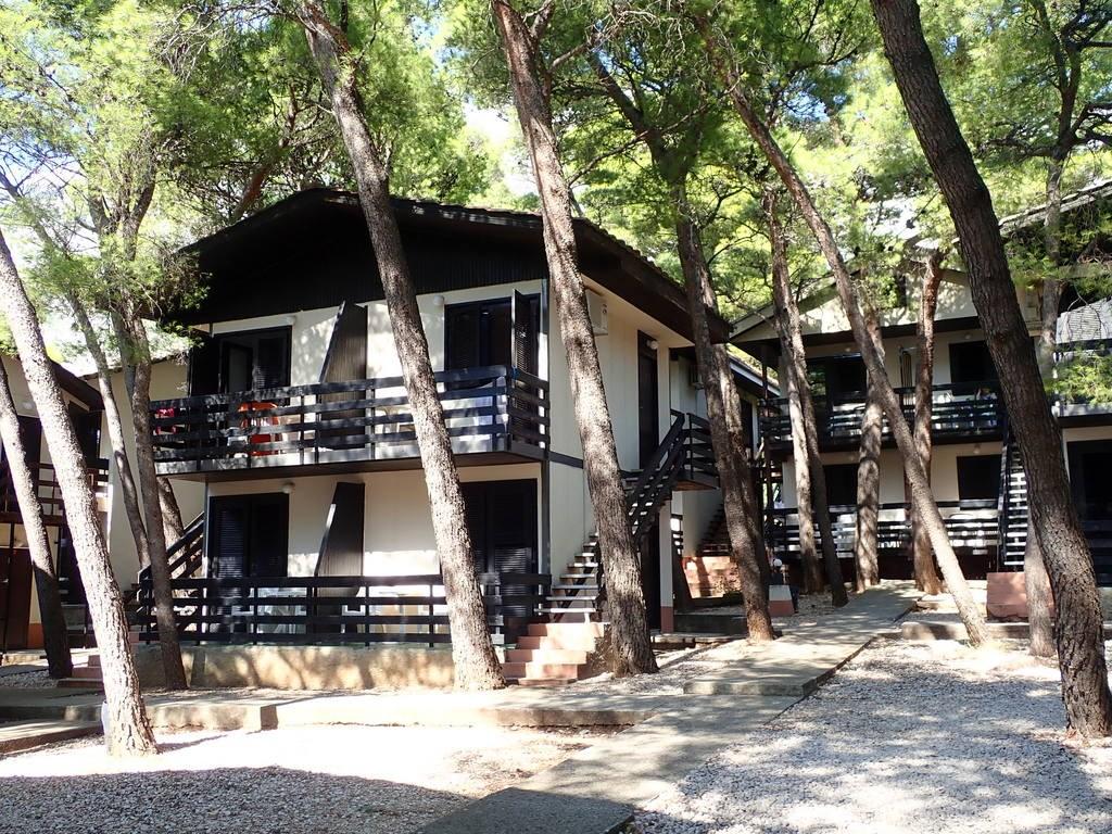 Rodinné bungalovy BAŠKA VODA, AKTIVNÍ DOVOLENÁ 55+ - Mykonos