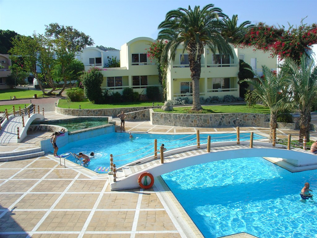 Avra Beach Resort - Ixia
