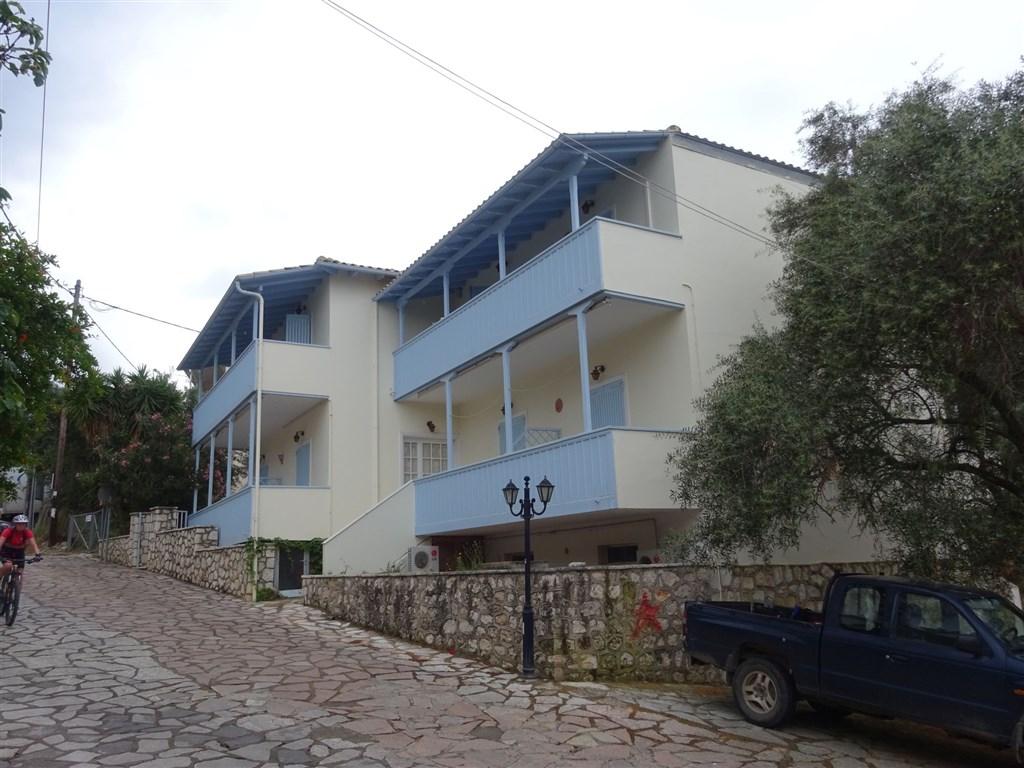MILIA - Agios Nikitas