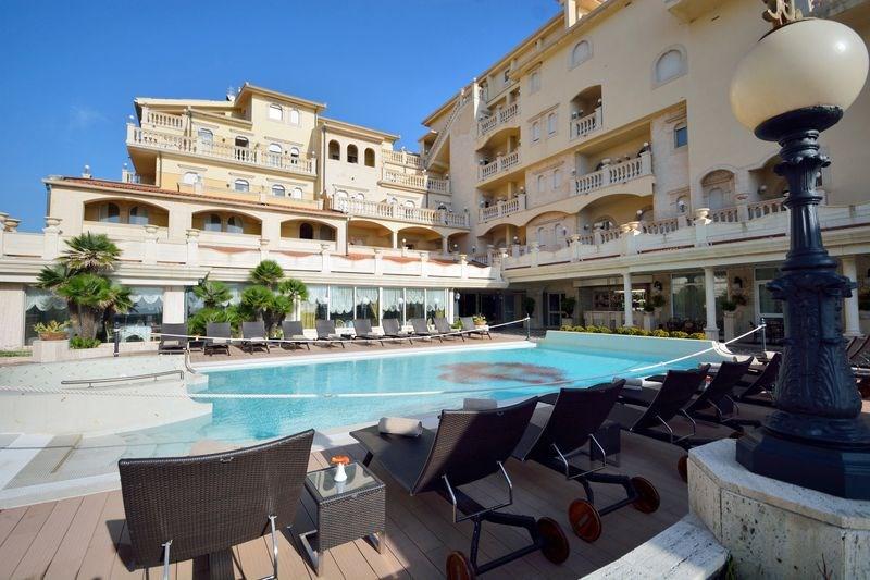 Hotel Hellenia Yachting -