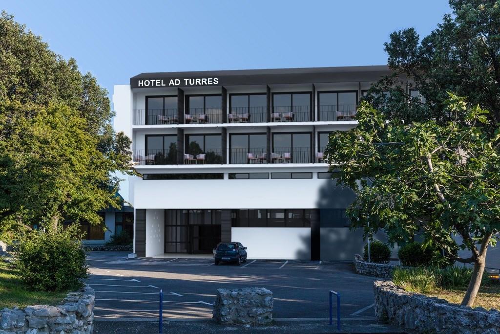 Hotel AD TURRES -