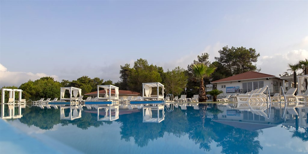 Holiday Village MONTENEGRO - Platanias