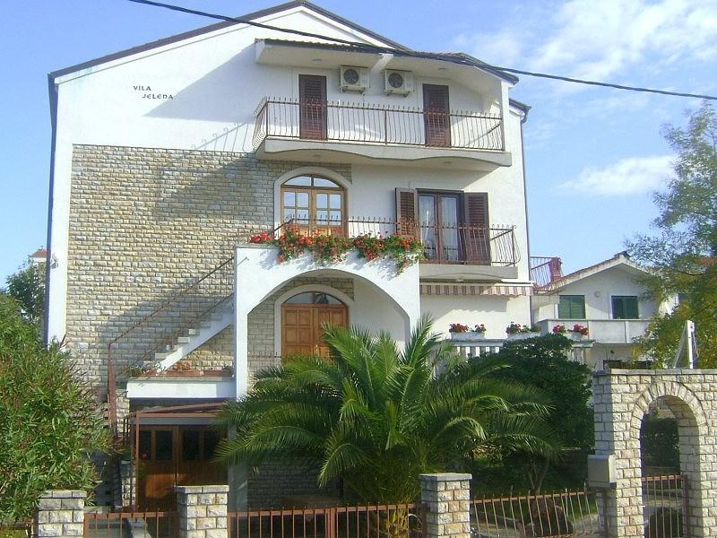 Vila JELENA - Černá Hora