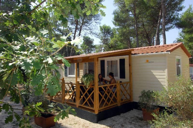 Mobilní domky a glamping ZATON - Kotorský záliv