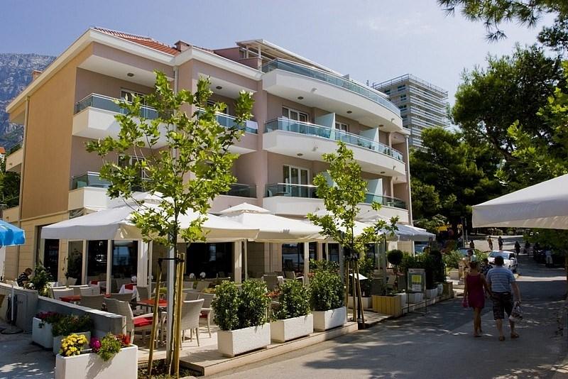 Hotel MARITIMO - Dachstein West